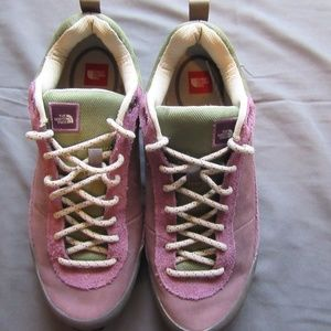 Womens The North Face Shoes Vibram Soles Sz 8.5